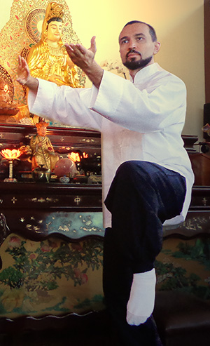 Marco Defensor de Moura no Templo Tzong Kwan